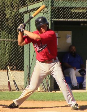 Fernando Escobar swings